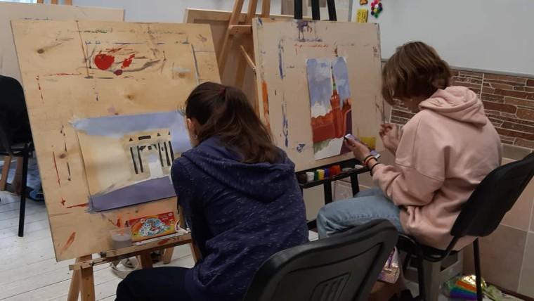 АРТ- студия «Галактика» готовится к конкурсу художественного и декоративно-прикладного искусства «Уголок моей Москвы»
