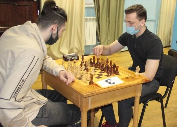 В филиале ПМЦ «Диалог» прошли соревнования по шахматам среди жителей района Очаково-Матвеевское